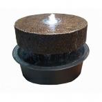 MEULE - sklobetónová fontána exteriér